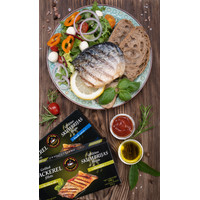Grilled mackerel in olive oil
